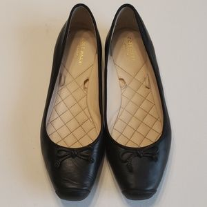Cole Haan Black Leather Flats W09907 10M